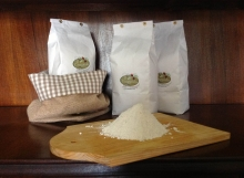 Farina dal frumento macinata a pietra della nostra azienda agricola