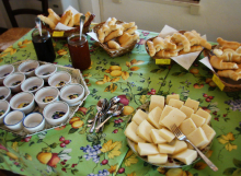 Agriturismo Al Giuggiolo - Rinfresco con prodotti tipici