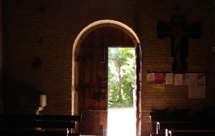 La Pieve di San Vito a Ostellato: un antico luogo magico nel verde dei campi